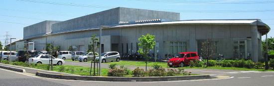 杉戸町生涯学習センター(外観)